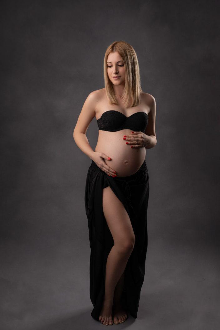 Sedinta foto gravide Bucuresti - Maternity - Fotografie maternitate Studio Foto