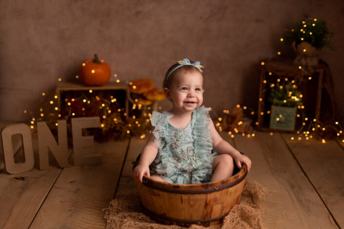 Sedinta foto aniversara 1 an Bucuresti-sedinte foto beleusi Bucuresti-Sedinte foto studio bebelusi