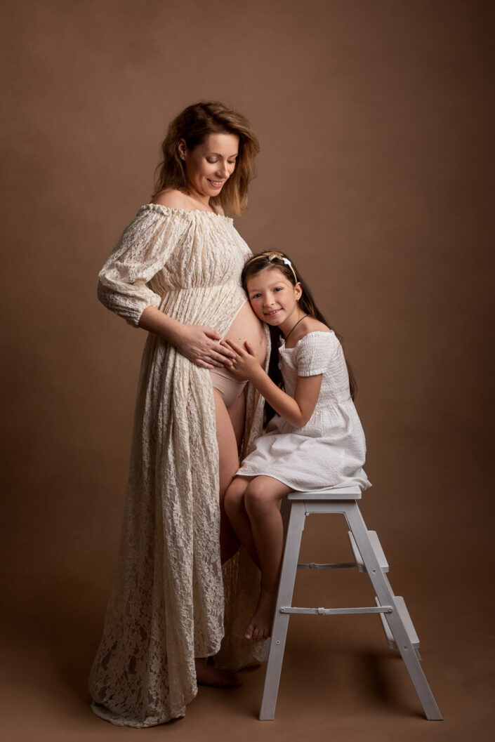Sedinte foto de maternitate Bucuresti-Studio Foto Bucuresti-Fotograf de familie bucuresti