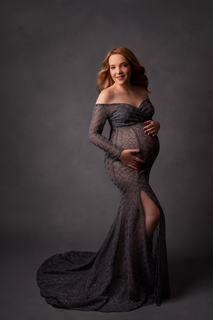 Sedinta foto de maternitate Bucuresti-Studio Foto premium Bucuresti-Sedinta foto de gravide bucuresti