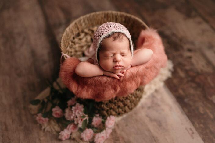 Poze de nou-nascut Bucuresti - Poze newborn Bucuresti